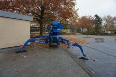 Flexible Abstützung mit der Arbeitsbühne 21m